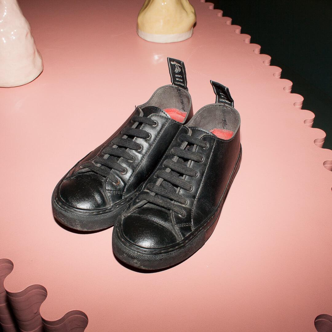 Svart Sneaker stl 36 Good Guys Don't Wear Leather