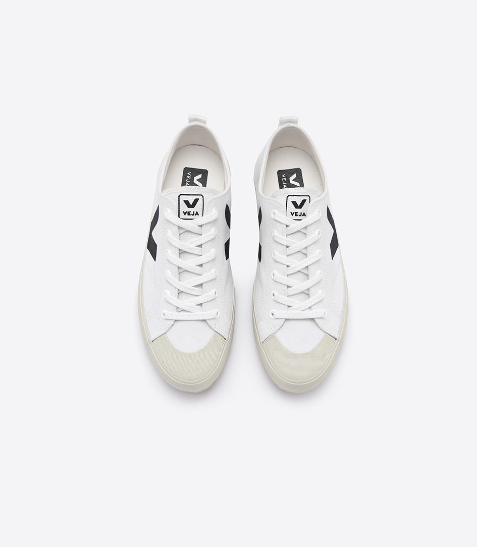 Nova Canvas White Black